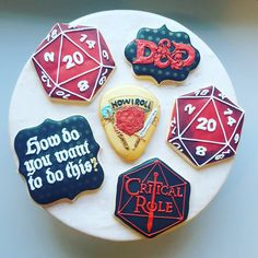 Dungeons and Dragons cookies Sugar Cookie Icing, Royal Icing Cookies, Sugar Cookies, Dragon Birthday Parties, Dragon Party, 30th Birthday, Dungeons And Dragons Dice, Dungeons And Dragons Homebrew, Dragon Recipe