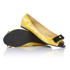 iron-fist-polka-party-peep-toe-flat-shoes-1004194-0-1306265538000.jpg (520×520)
