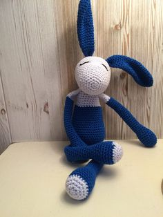 Doudou LAPIN couleur bleue ciel et bleue foncé - cute cudle sheep crochet ! de la boutique Unepelotedelaine sur Etsy