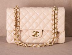 CHANEL SHOULDER BAG . I want you