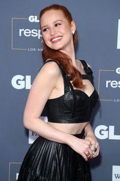 Cheryl Blossom Riverdale, Riverdale Cheryl, Riverdale Netflix, Riverdale Cast, Madelaine Petsch, The Cw, Riverdale Aesthetic, Cw Series, Famous Women