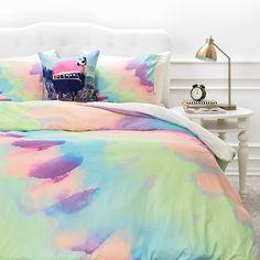 Freshen up your sleep space with the fantastic color of the sensational Deny Designs Rebecca Allen Some King of Wonderful Duvet Cover. This wonderful duvet cover is crafted for comfort and adorned in vibrant water colored hues for a remarkable appearance. Tie Dye Bedroom, Tie Dye Bedding, Bedding Master Bedroom, Teen Bedding, Blue Bedding, Bedding Sets, Bedding Decor, Chic Bedding, Bedroom Decor