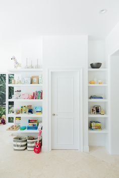Open Playroom Shelvi