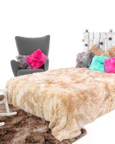 Bezova ombre chlpata deka na postel Shag Rug, Blanket, Rugs, Furniture, Home Decor, Blue Prints, Shaggy Rug, Farmhouse Rugs, Decoration Home