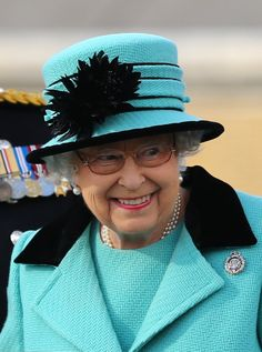 "Happy and Glorious on Twitter: ""The records keep on tumbling: The Queen is now the world's current longest reigning monarch, as well as the oldest. (Pic taken today) #royal"