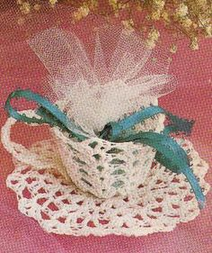 Free Crochet Cup & Saucer Wedding Favours