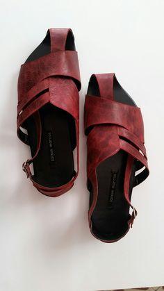 Mens Flip Flops, Men Sandals, Zapatos, Mens Slip On Slippers