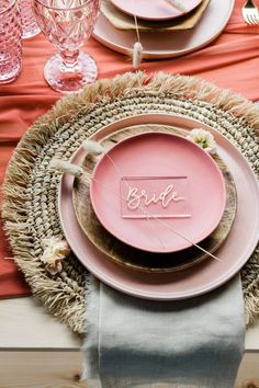 Our rustic placesetting with living coral palette & perplex placename - Boho Wedding Design Set, Event Design, Modern Design, Table Origami, Wedding Place Settings, Place Names, Wedding Places, Wedding Details, Wedding Ideas
