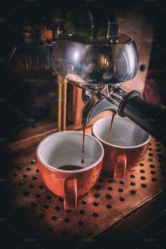 Caffeine Legumes, Soil Gourmet coffee, Flavoured and Espresso Coffee Machine Best, Coffee Maker Machine, Best Coffee Maker, Cappuccino Machine, Espresso Machine, Coffee Machines, Coffee Pods, Coffee Cubes, Coffee Drinks