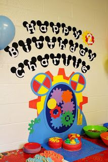 Mickey Mouse Clubhouse theme... I would love this as a backdrop to one of the party tables.