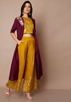 Tunics Online - Buy Indo Western Tunic and Kurtas for Women in India - Indya Indian Dresses For Women, Party Wear Indian Dresses, Designer Party Wear Dresses, Stylish Dresses For Girls, Indian Bridal Outfits, Indian Gowns Dresses, Indian Fashion Dresses, Stylish Dress Designs, Dress Indian Style