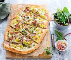 Plaattaart met prei A Food, Food And Drink, Hawaiian Pizza, Quiche, Vegetable Pizza, Food Inspiration, Nom Nom, Veggies, Pasta