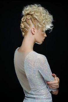 Wonderful upstyle by Tatiana Nitchenko (Back/side view)