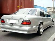 BENZTUNING - Mercedes-Benz Photo Portal. The Largest in Web Collection of Exotic Mercedes-Benz