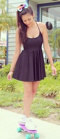 I'm not really into dresses but this outfit is cute...
