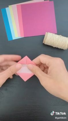 Paper craft diy               By: @gohlikim on TikTok Cool Paper Crafts, Paper Crafts Origami, Origami Art, Fun Crafts, Diy Crafts Hacks, Diy Crafts For Gifts, Diy Arts And Crafts, Gato Origami, Cute Diy Room Decor