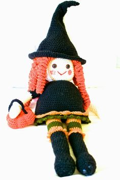 Free Knitting Pattern Witch Doll : Witch dolls on Pinterest Halloween Witches, Kitchen ...