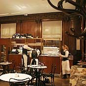 Café Sabarsky - A lovely cafe/resto serving authentic Viennese food and pastries inside the Neue Gallery museum. (Viennese/Upper East Side)