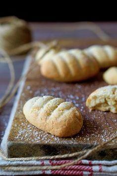 BISCOTTI DA INZUPPO Volete realizzare dei biscotti facilissimi e perfetti per essere inzuppati nel latte, nel te o nel caffè? Questa ricetta fa proprio al