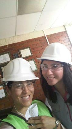 Equipo de Alimentos en la empresa Ferro, planta en Celaya