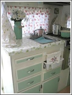 sparrows and arrows: RV Decorating Inspiration