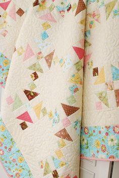 Sparkle Quilt - free pdf pattern: http://www.henryglassfabrics.com/media/fabrics/projects/ButterfieldsWeb.pdf