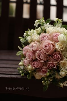 バラとホワイトスターのクラッチブーケ Bridal Bouquet Pink, Bride Bouquets, Bridal Flowers, Rose Bouquet, Pink Flowers, Beautiful Flowers, Arte Floral, Floral Arrangements, Flower Arrangement
