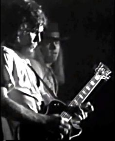 Steve Gaines and Ronnie Van Zant Great Bands, Cool Bands, Steve Gaines, Lynard Skynard, Ronnie Van Zant, Common People, Rock N Roll, Breeze, 1970s