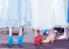 En backstage du défilé Dior haute couture automne-hiver 2014-2015 http://www.vogue.fr/mode/inspirations/diaporama/fwc2014-backstage-defile-dior-haute-couture-automne-hiver-2014-2015-paris/19485/image/1030764#!3