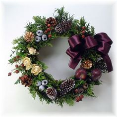 Dried Flower Arrangements, Dried Flowers, Christmas Wreaths, Christmas Decorations, Holiday Decor, Advent, Diy Wreath, Merry Xmas, Christmas And New Year