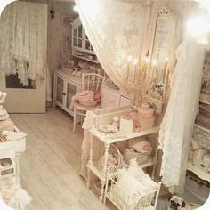 Girls Only boudoir Shabby Home, Shabby Chic Crafts, Shabby Chic Pink, Shabby Chic Cottage, Vintage Shabby Chic, Shabby Chic Homes, Shabby Chic Decor, Bedroom Crafts, Craft Rooms