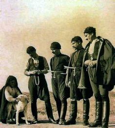 by Nelly's Man from Sfakia, Crete, 1939 Old Photos, Vintage Photos, Kai, Old Greek, Crete Island, Greek History, Minoan, Crete Greece, Great Photographers