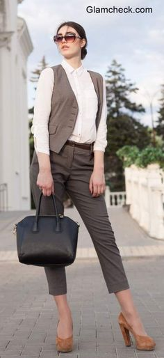 Cropped Pants for office Trendy Fashion, Womens Fashion, Fashion Ideas, Androgynous Look, Cropped Pants, How To Wear, Inspirational, Collection, Style