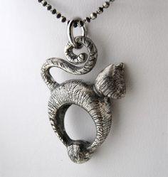 Tabby Cat Lover Necklace  Ready to ship -  Ricksonjewellery, $99.00 / €74,09.