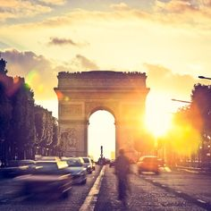 Arc de Triomphe during sunset