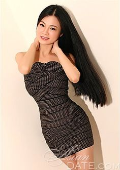 Date the woman of your dreams: Asian woman model Qi from Guangdong