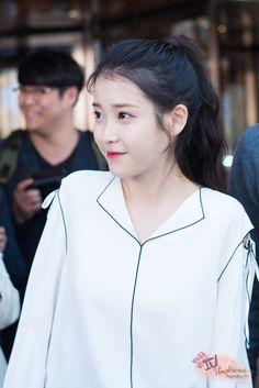 Cute Korean, Korean Girl, Asian Girl, Korean Actresses, Korean Actors, Snsd Yuri, Song Joon Ki, Kdrama Actors, Iu Fashion