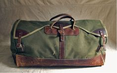 vintage canvas and leather duffel bag Canvas Duffle Bag, Leather Duffle Bag, Duffel Bag, Backpack Bags, Canvas Bags, Messenger Bags, My Bags, Purses And Bags, Sac Week End