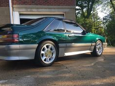 Green and mean 😡 Notchback Mustang, Widebody Mustang, Mustang Cars, Ford Mustang Gt, Old American Cars, Mercury Capri, Fox Body Mustang, Old Vintage Cars, Ford Lincoln Mercury