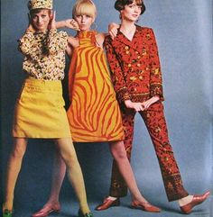 theswinginsixties:    Mod fashion with colour, 1960s.