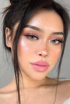 52 Best Natural Makeup Ideas For Any Season - Soft Natural Makeup With Natural . - 52 Best Natural Makeup Ideas For Any Season – Soft Natural Makeup With Natural Lipstick - Pink Makeup, Cute Makeup, Girls Makeup, Glam Makeup, Makeup Inspo, Makeup Inspiration, Makeup Ideas, Makeup Trends, Teen Makeup