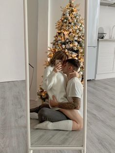 Christmas Feeling, Christmas Tree, Holiday Tree, Iranian Women Fashion, Tis The Season, Dream Life, Ladder Decor, 4th Of July, Seasons