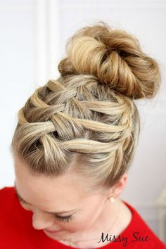 How to do a double waterfall triple French braid #DIY. I am really bad at waterfall braids but I might just have to try this one.