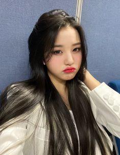 IZ*ONE-Wonyoung official update Korean Couple, Korean Girl, Asian Girl, K Pop, Yuri, Selfies, Woo Young, Japanese Girl Group, Korean Celebrities