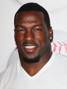 Patrick Willis SF49ers.  I wear your jersey!!!!!!!