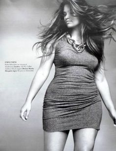 Pulp fashion (Elle France) Tara Lynn- She is a very lovely plus size model. It isn't always just super thin that's in!