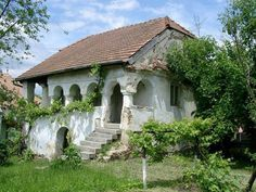bikfalva  ph: Óvári Ági Old Country Houses, Country Life, Small Cottages, Medieval World, Weekend House, Budapest Hungary, Scandinavian Home, Traditional House, Abandoned Places