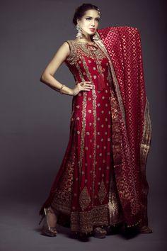 shirt for khada dupatta pakistani bridal gown Mifrahs Pakistani Bridal Wear, Pakistani Outfits, Indian Bridal, Indian Outfits, Bridal Lehenga, Shadi Dresses, Indian Dresses, Khada Dupatta, Beautiful Bridal Dresses