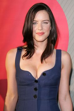 Michelle Ryan of Eastenders fame. English Actresses, British Actresses, Bionic Woman, Celebrities Then And Now, Hollywood Celebrities, Beautiful Smile, Beautiful Actresses, Beauty Women, Camisole Top