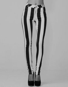 forever 21 black and white striped pants | beetlejuice stripes black and white prison pants grunge style fashion